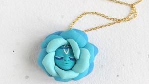 ساخت جواهرات دست ساز به شکل گل و پری