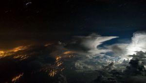 خلاقیت یک خلبان در ثبت تصاویر دیدنی از ابرها