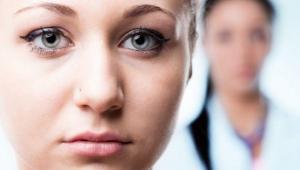 علایم سرطان سینه در خانم ها