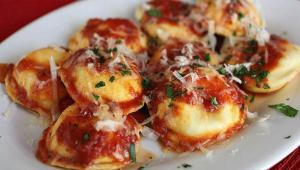 غذای ملل، غذای ایتالیایی، راویولی