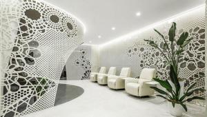 خلاقیت در فضا سازی داخلی یک سالن زیبایی ناخن در شهر پکن چین