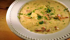 طرز تهیه سوپ سیبزمینی با پنیرخامهای