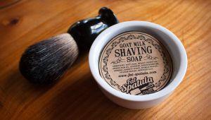 چگونه در نبود فوم اصلاح از صابون استفاده کنیم
