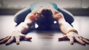 دوازده حرکت یوگا برای رهایی از درد گردن
