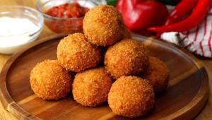 طرز تهیه آرانیچی یا کوفته برنجی ایتالیایی